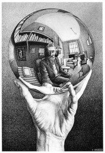 Mano con esfera reflejante (1935), litografía de M. C. Escher