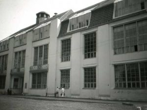 Escuela de la Bauhaus en Weimar (1919).