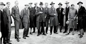 Profesores de la Bauhaus en la azotea de la Escuela (Dessau, 1926).